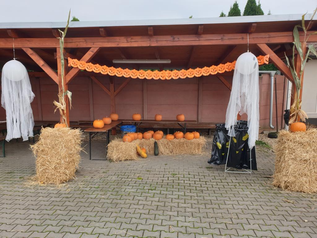 Cvrčovické halloweenské dyňování